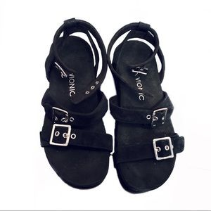 Vionic Strappy Black Sandals with Buckles